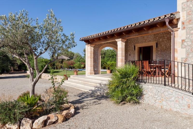 2 bedroom Villa in Pollença, Mallorca, Mallorca : ref 3992 - Image 1 - Pollenca - rentals
