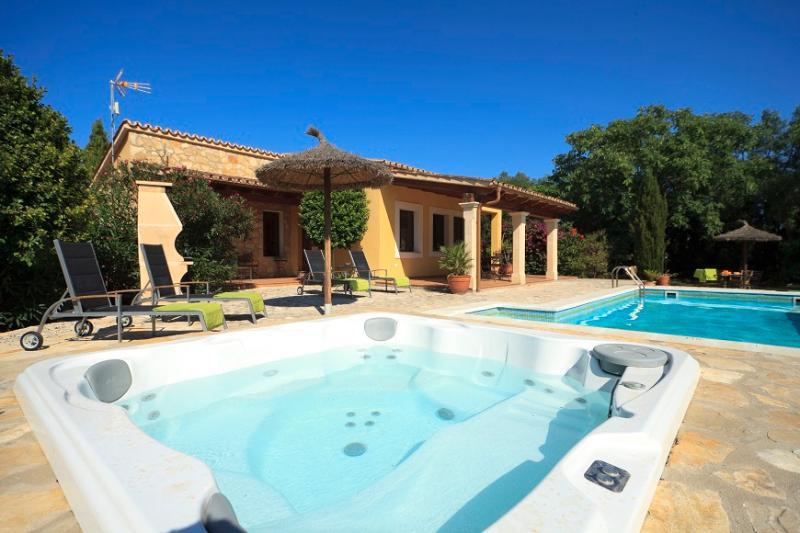 2 bedroom Villa in Pollença, Mallorca, Mallorca : ref 4009 - Image 1 - Alcudia - rentals