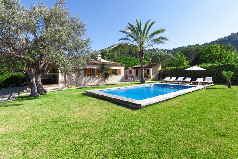 4 bedroom Villa in Pollença, Mallorca, Mallorca : ref 4011 - Image 1 - Pollenca - rentals