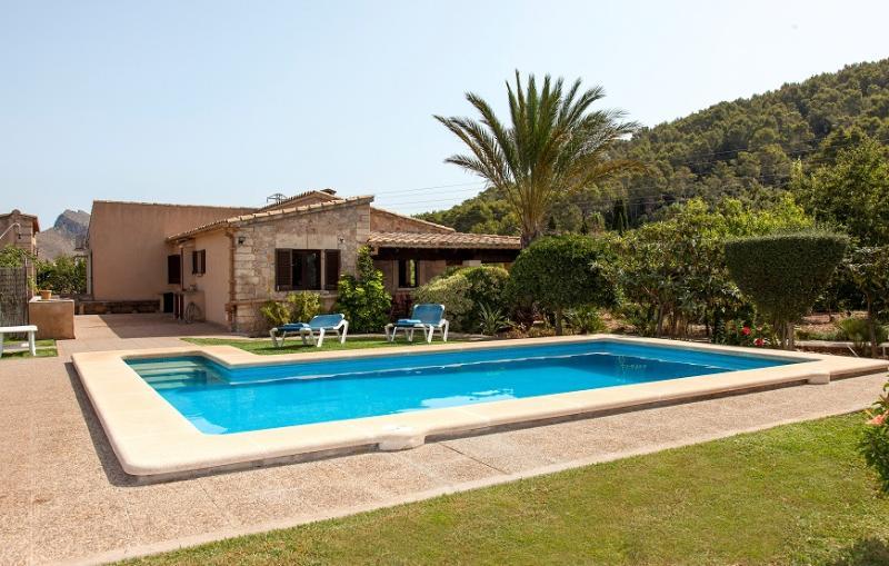 3 bedroom Villa in Pollença, Mallorca, Mallorca : ref 4012 - Image 1 - Port de Pollenca - rentals