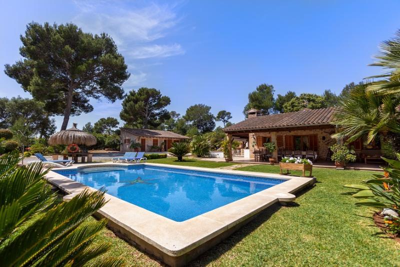 3 bedroom Villa in Alcudia, Mallorca, Mallorca : ref 4015 - Image 1 - Mal Pas - rentals