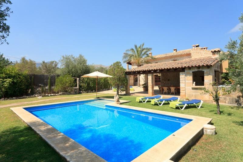 3 bedroom Villa in Pollença, Mallorca, Mallorca : ref 4021 - Image 1 - Pollenca - rentals
