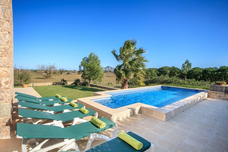 3 bedroom Villa in Alcudia, Mallorca, Mallorca : ref 4030 - Image 1 - Alcudia - rentals
