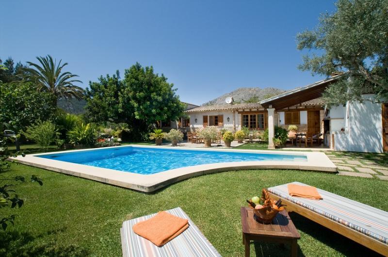 3 bedroom Villa in Pollença, Mallorca, Mallorca : ref 4032 - Image 1 - Pollenca - rentals