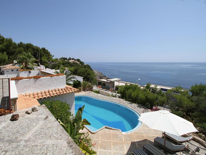 5 bedroom Villa in Cala Ratjada, Mallorca : ref 4505 - Image 1 - Cala Ratjada - rentals