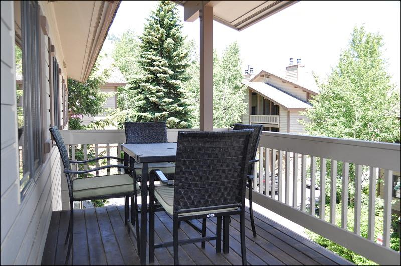 Balcony with Gas Grill - 50 Yards to Moose Creek Lift - Pool & Tennis Club Access (3609) - Jackson - rentals
