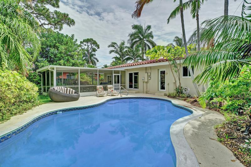 3BR Tropical Paradise w/ Pool in Central Location! - Image 1 - Wilton Manors - rentals