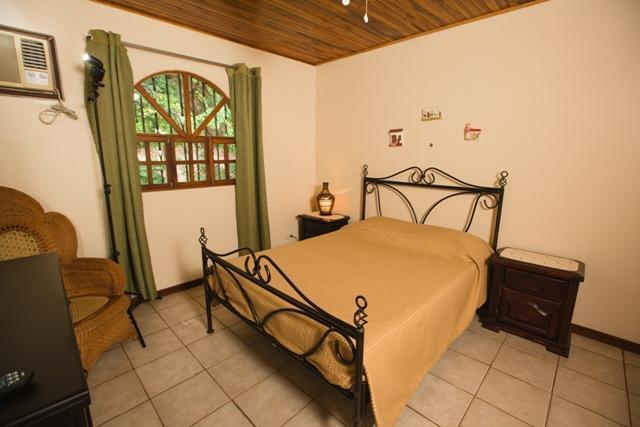 Photo 1 - Villa Mariposa, #6 - Tamarindo - rentals
