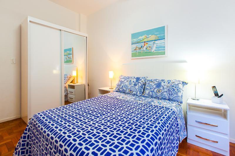 The Master Bedroom - Apart in the heart of Copacabana - Rio de Janeiro - rentals
