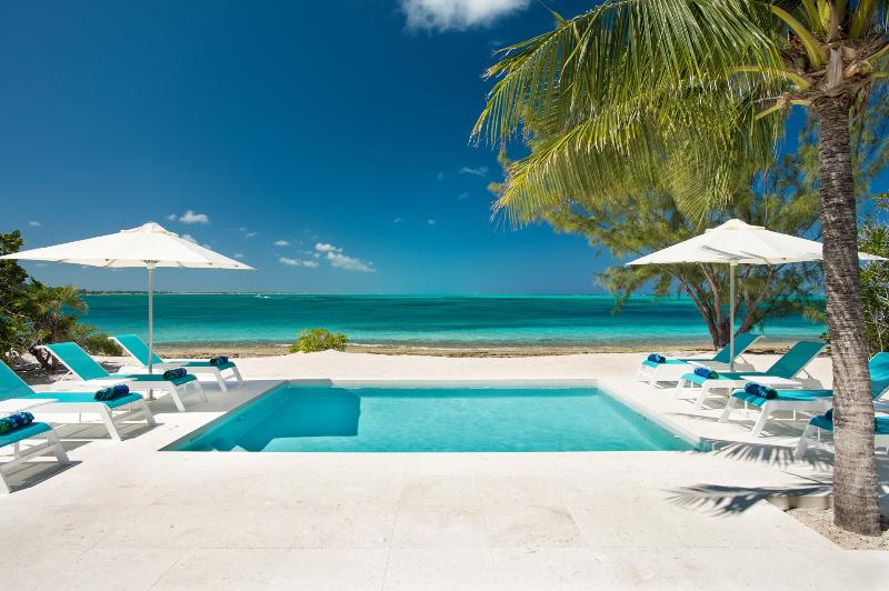 Oceanus - Image 1 - Five Cays Settlement - rentals