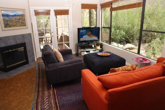 Living room - Canyon View 23102 - Tucson - rentals