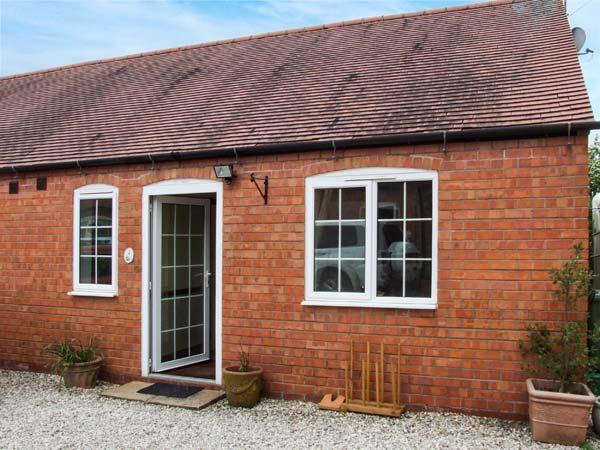 4 SHIRLEY FARM, WiFi, countryside views, barbecue, Coventry, Ref 936330 - Image 1 - Coventry - rentals
