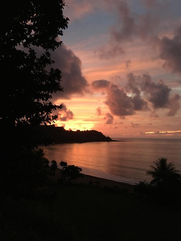Fabulous sunset from patio - Ocean Front Air Conditioned House 2 Bedrooms - Drake Bay - rentals