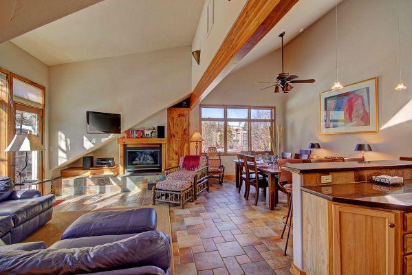401 Creekside Townhome 2BR 3BA - Frisco - Image 1 - Powderhorn - rentals