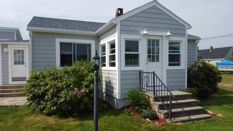 Sea Escape, Beachside Getaway! - Image 1 - Biddeford - rentals