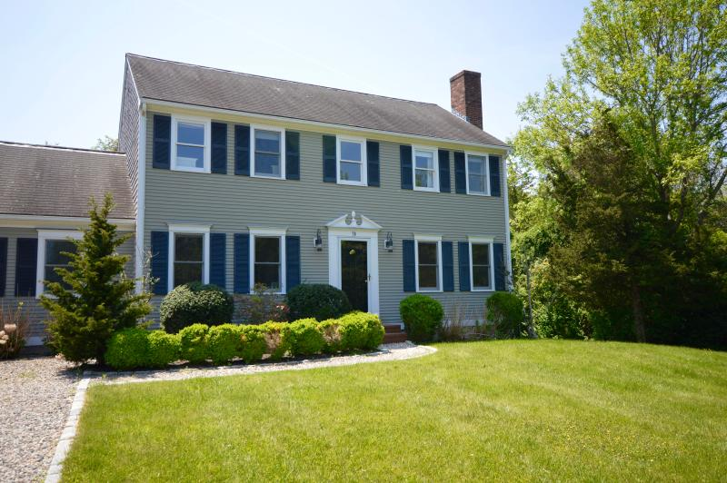 Immaculate grounds - Magnificent Large Colonial, 2 Miles to Beach - Barnstable - rentals