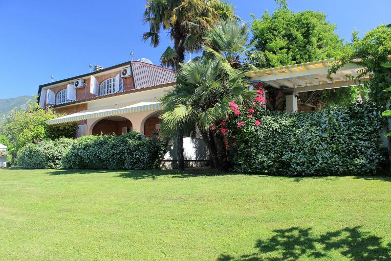Villa di Ripa - Image 1 - Seravezza - rentals