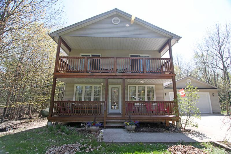 Cedar Trail Lodge cottage (#1028) - Image 1 - Wiarton - rentals