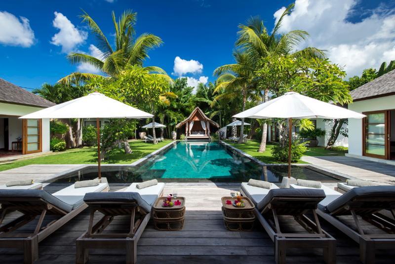 Seminyak Villa 3617 - 7 Beds - Bali - Image 1 - Seminyak - rentals