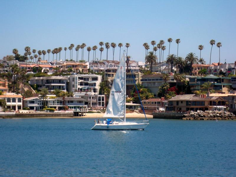 Balboa Island Escape-Close to Bay and Ocean - Image 1 - Newport Beach - rentals