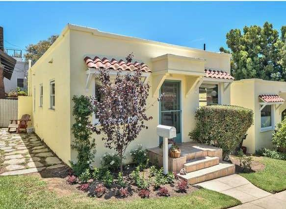 Spanish Bungalow - Six minute walk to beach - Santa Monica - rentals