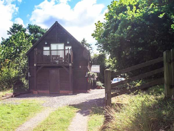 FERNDALE COACH HOUSE FLAT, cosy apartment with balcony, rural setting, walks from door, Shipton, Much Wenlock Ref 925725 - Image 1 - Much Wenlock - rentals