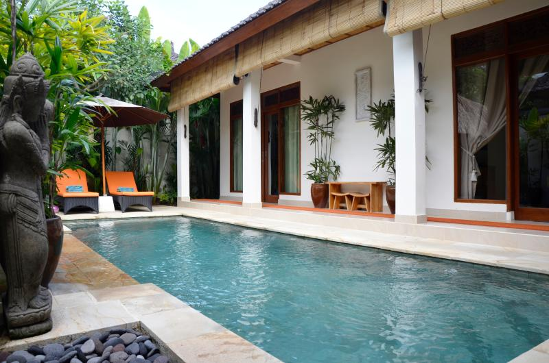 The pool is seen from everywhere in the villa. - Villa Santai - a private retreat in Penestanan. - Ubud - rentals