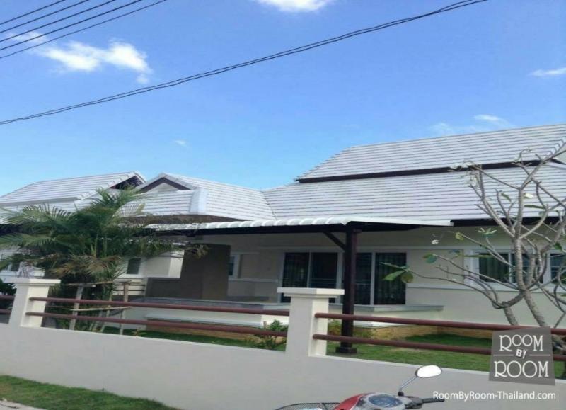 Villas for rent in Hua Hin: V6236 - Image 1 - Hua Hin - rentals