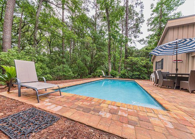 Lawton Road 10, 3 Bedrooms, Sea Pines, Private Pool, Sleeps 8 - Image 1 - Hilton Head - rentals