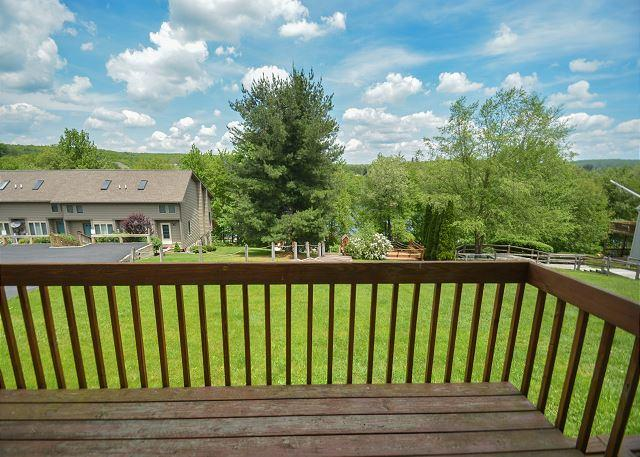 Deck - Spectacular 2 bedroom townhome within easy walking distance to Wisp Resort. - McHenry - rentals