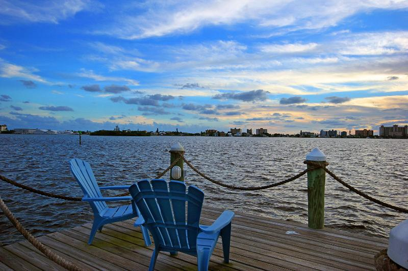 Your chairs await you. - Sunset House Waterfront Paradise San Carlos Island - Fort Myers Beach - rentals