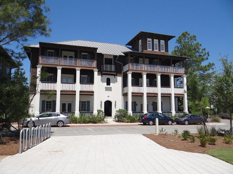 "LARGE TOP FLOOR FLAT ""IN Rosemary Beach"" - Image 1 - Rosemary Beach - rentals"