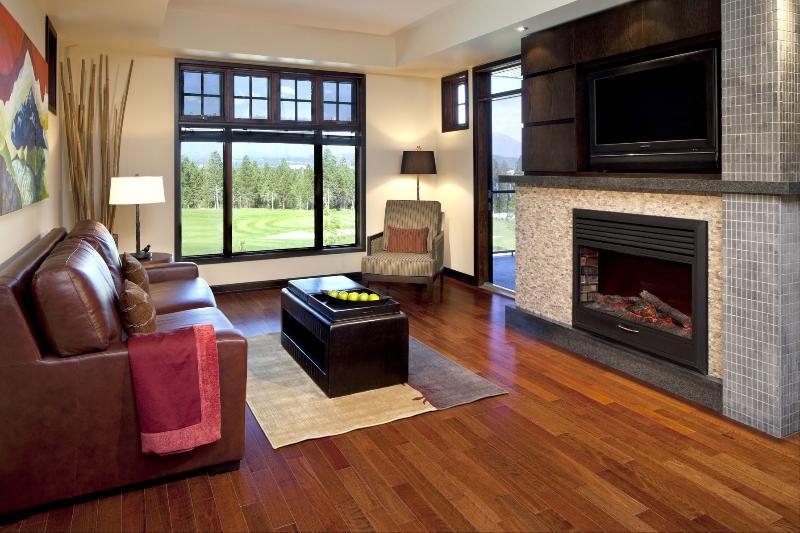 Excellent living space in this cozy condo - Invermere Copper Point Resort 2 Bedroom + Loft Luxury Condo - Invermere - rentals