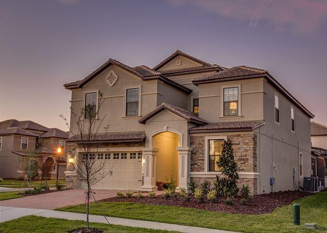 8 Bedroom Luxury Home near Disney with waterpark - Image 1 - Davenport - rentals