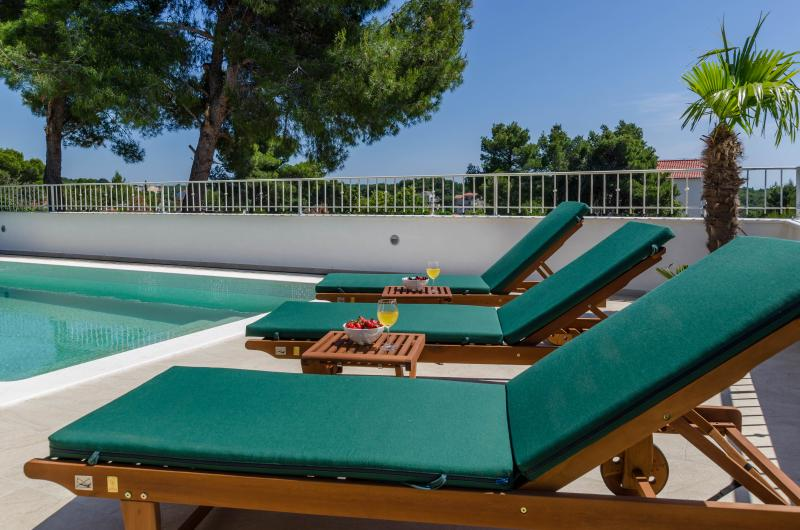 Villa Voga -  Seaview House with Private Pool - Image 1 - Maslinica - rentals