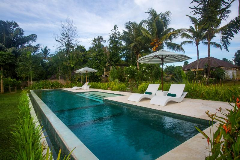 Vista, Garden Villa, 1 Bedroom Large Pool, Central Ubud - Image 1 - Ubud - rentals