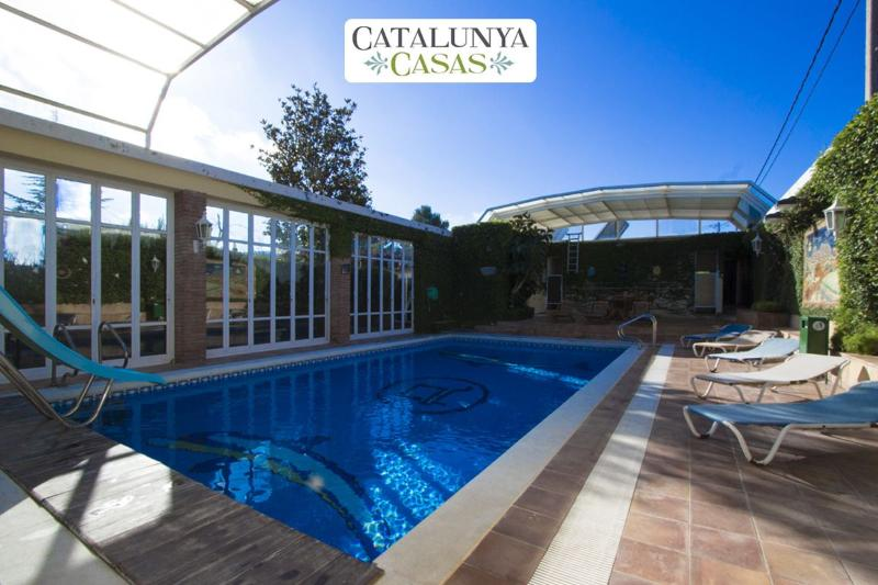 Villa Amalia La Llacuna for up to 22 guests in the Catalonian countryside! - Image 1 - La Llacuna - rentals
