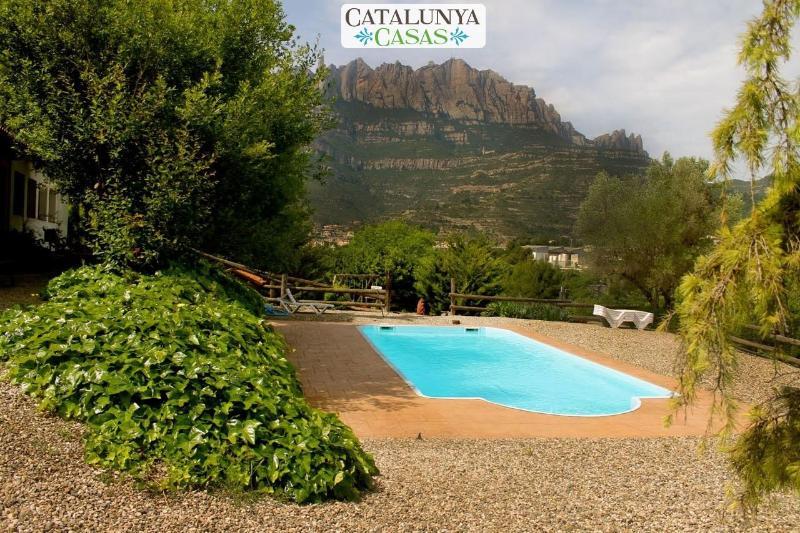 Majestic mansion in Monistrol de Montserrat with 8 spacious bedrooms for 16 - Image 1 - Monistrol de Montserrat - rentals