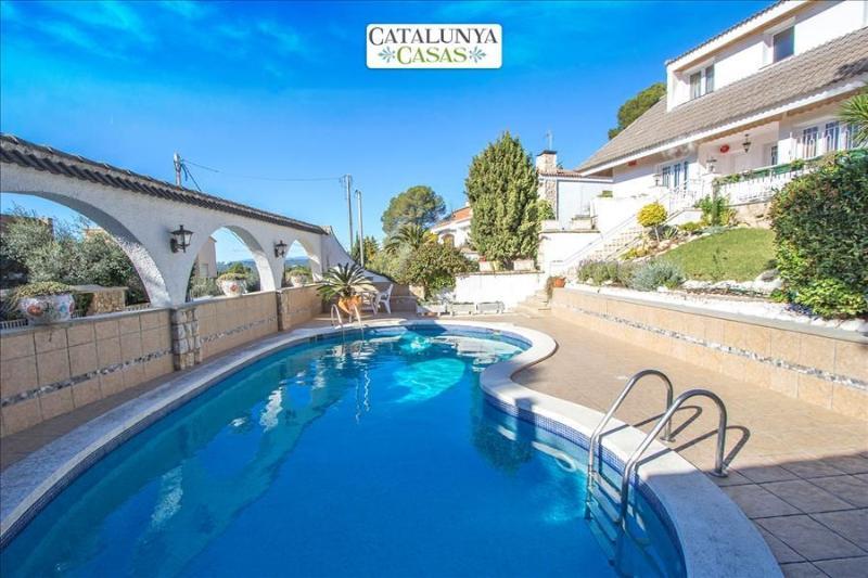 Villa Mora only 500m from the beaches of Costa Dorada! - Image 1 - Costa Dorada - rentals