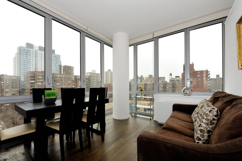 Luxury 3 Bed 2 Bath Central Park - Image 1 - New York City - rentals