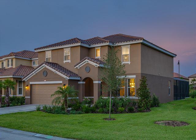 NEW 6 BEDROOM RESORT POOL HOME - Image 1 - Davenport - rentals