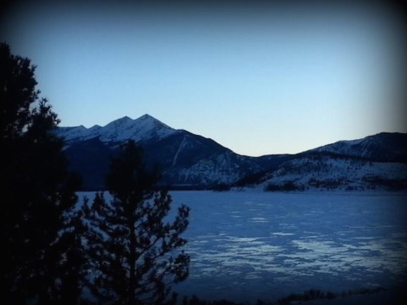 New Listing! Direct Lake View & Close to Skiing! - Image 1 - Dillon - rentals
