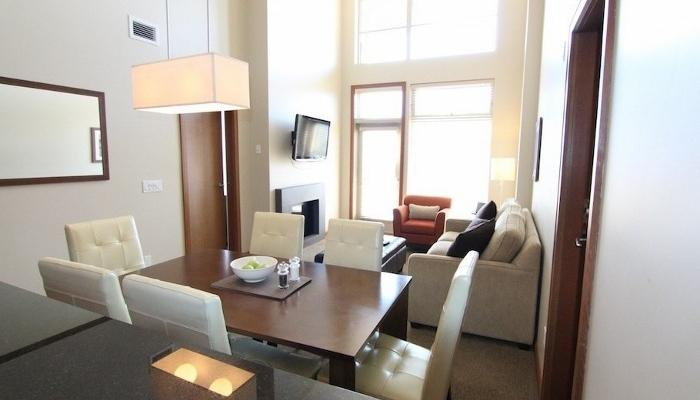 Floor-to-ceiling windows make this condo bright and uplifting..  - Revelstoke Sutton Place Ski In/Ski Out 2 Bedroom Premium Condo - Revelstoke - rentals