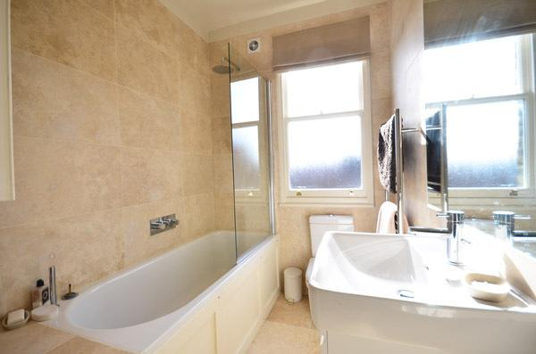 Bright and modern 2 bedroom apartment- Fulham - Image 1 - London - rentals
