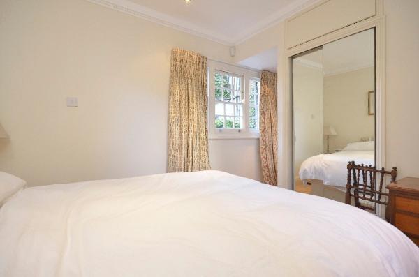 Two En-Suite Double Bedrooms, Large Reception, Fantastic Location - Image 1 - London - rentals