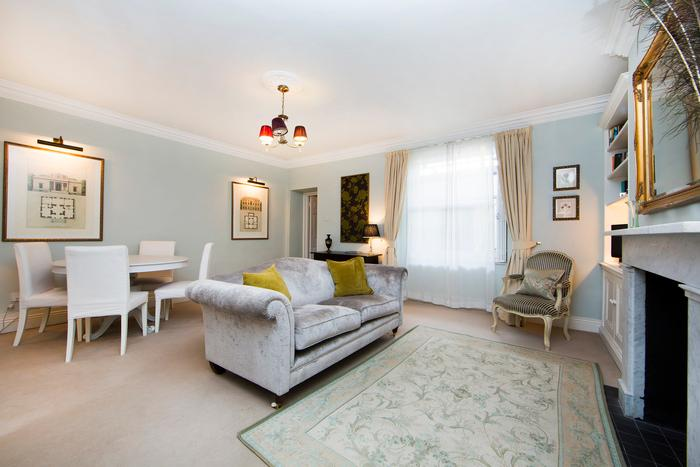 Elegantly furnished and tastefully decorated two bedroom apartment in the heart of Pimlico. - Image 1 - London - rentals