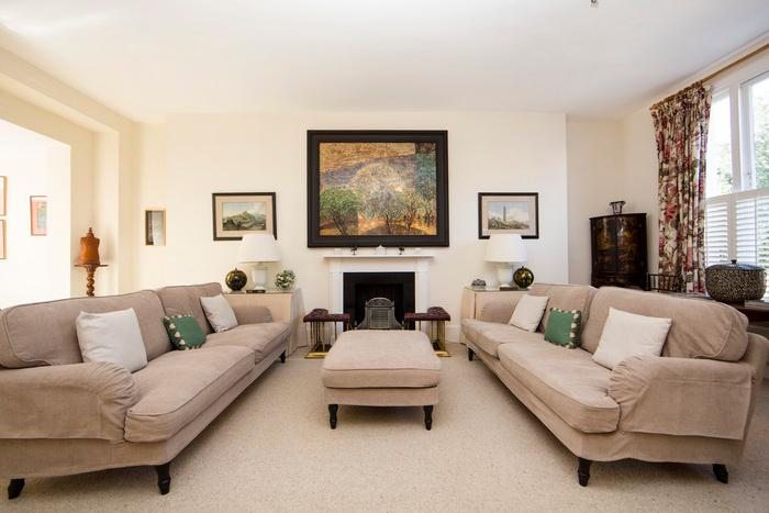 Cosy, traditional 2 bedroom 2 bathroom period apartment- Kings Road/Fulham Road - Image 1 - London - rentals