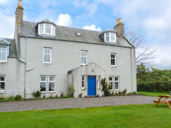 THE WEST WING, garden, dog-friendly, WiFi, off road parking, near - Image 1 - Grantown-on-Spey - rentals