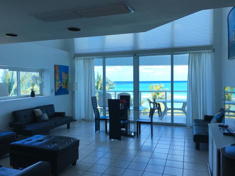 Updated furniture - Oceanview 2 bedroom 2 story townhouse/condo !!! - Miami Beach - rentals
