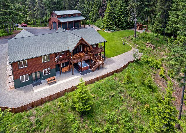 Aspen Lodge - Aspen Lodge!  Newer Cabin on 5 Acres! 6BR / 3.5BA, Sleeps 16, Hot Tub! - Cle Elum - rentals